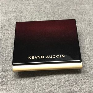 Kevyn Aucoin Light Sculpting Powder